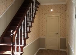 Ремонт коттеджа под Оренбургом: отделка лестницы